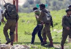 الاحتلال الاسرائيلي يعتقل فلسطينيين بالضفة الغربية