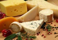 مجموعة من أنواع الجبن