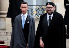 صورة أرشيفية للعاهل المغربي محمد السادس وابنه البكر