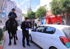 أفراد الشرطة الفلسطينية أثناء القيام بعملهم