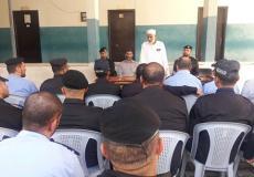 النائب الأسطل يزور مركز شرطة تل السلطان