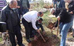 وزير الزراعة الفلسطيني رياض عطاري