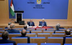 الرئيس عباس يترأس اجتماع الحكومة الفلسطينية