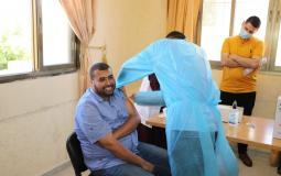 تربية الوسطى تبدأ حملة لتطعيم موظفيها ضد فايروس كورونا