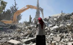 الاحتلال يُخطر بهدم 4 منازل في الخليل