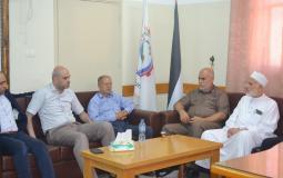 نواب التشريعي بخانيونس يهنئون رئيس بلدية القرارة بتولي منصبه
