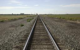 مخطط لإنشاء سكة حديدية تربط الضفة بغزة