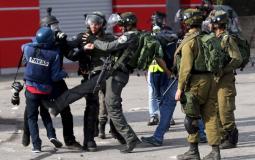 انتهاكات قوات الاحتلال الاسرائيلي ضد الصحفيين الفلسطينيين