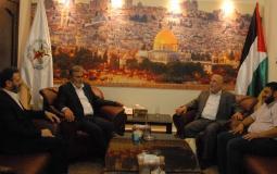 الأمين العام لحركة الجهاد الإسلامي زياد النخالة خلال استقباله وفداً من مؤسسة القدس الدولية