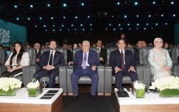 الرئيس عباس يشارك في منتدى شباب العالم