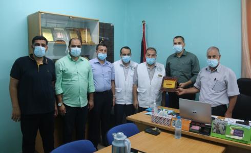منتدى الشباب الحضاري ومؤسسة إبداع يكرمان وزارة الصحة بغزة