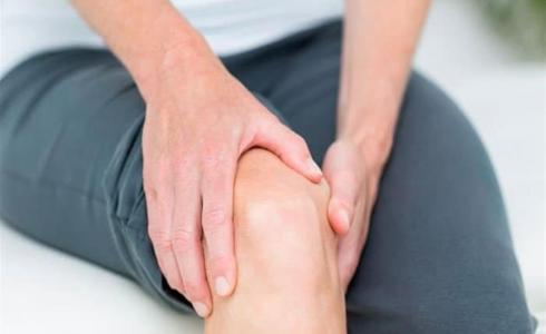 آلام خشونة الركبة - تعبيرية