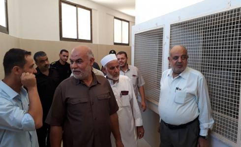 نواب محافظة خان يونس يتفقدون السجن المركزي الجديد