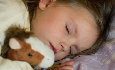 النوم مفيد للاطفال