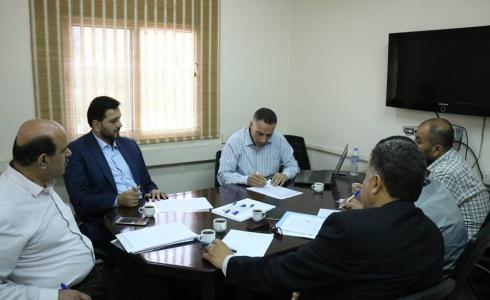 جانب من اجتماع التشريعي مع شركة توزيع كهرباء غزة