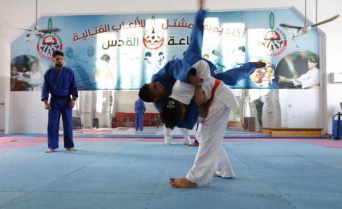 مكفوفون يمارسون رياضة الجودو في غزة