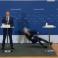 لحظة وقوع المسؤولة الدنماركية