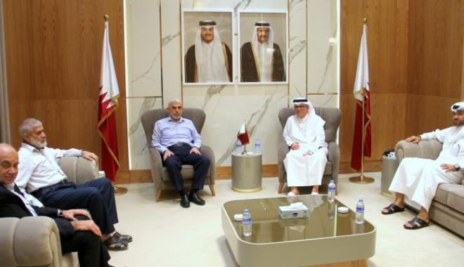 لقاء العمادي مع وفد حماس في غزة برئاسة السنوار