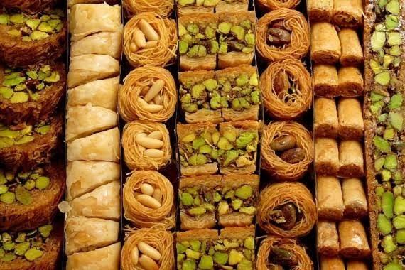 حلويات_سورية.jpg