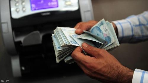 الليرة فقدت ربع قيمتها تقريبا أمام الدولار منذ محاولة انقلاب فاشلة في يوليو الماضي